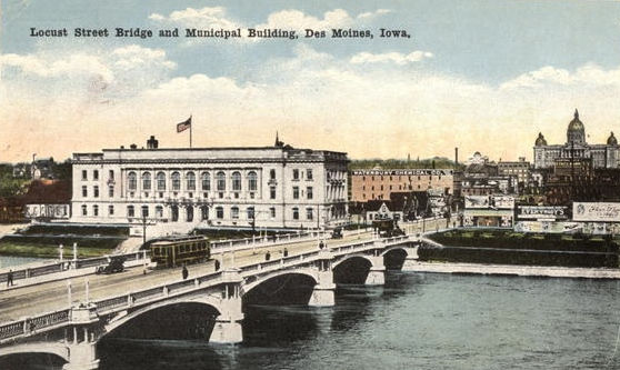 Des Moines Municipal Building (City Hall) was designed by a group of four architectural firms, 1911